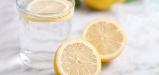 فوائد شرب الماء مع الليمون لنقص الوزن وحماية الجسم من الأمراض