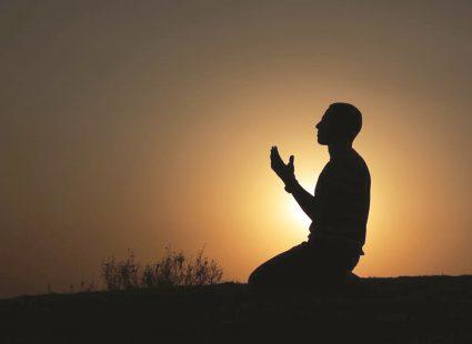 كيفية قيام ليلة القدر في رمضان للفوز بثوابها وفضلها العظيم