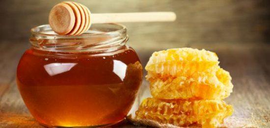 ما هو أفضل عسل في العالم وفوائده القوية للجسم والبشرة