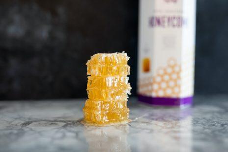 مقالة علمية عن العسل تعرف على القيمة الغذائية